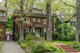 Toronto 75 Wells Hill Avenue M5R 3A7
