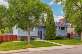 Calgary 2223 35 Street Southeast T2B 0W8