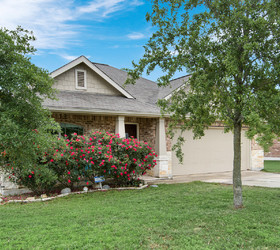 1775 Strawberry Field, New Braunfels 78130