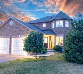 38 Thicketwood Avenue, Barrie L4N 5Y4