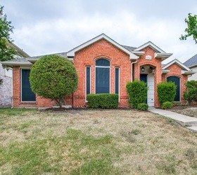 7955 Roundtable Road, Frisco 75035